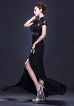 黑色高领短袖蕾丝开衩晚礼服
