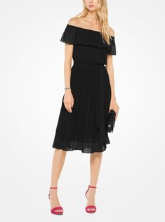 Michael Kors Pleated Chiffon Off-The-Shoulder Dress Vestido Michael Kors, Jenny Packham, Marchesa, Marika Vera, Burberry, Off The Shoulder, Cold Shoulder Dress, Michael Kors Sale, Luxor