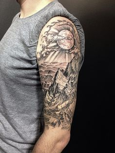 75 ideas and tips for your first or next upper arm tattoo .- 75 Ideen und Tipps für Ihr erstes oder nächstes Oberarm Tattoo – Wohnideen und Dekoration Ideas and tips for your first or next upper arm tattoo landscape mountains and moon - Half Sleeve Tattoos For Guys, Half Sleeve Tattoos Designs, Best Sleeve Tattoos, Body Art Tattoos, Tattoo Sleeves, Henna Tattoos, Mens Half Sleeve, Quarter Sleeve Tattoos, Tattoo Neck