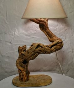De pedra a galhos: elementos inusitados levam a natureza para dentro de casa…