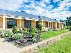 Country style homestead with potential plus on 5 acres http://horseproperty.com.au/property/27231?utm_content=buffer714a5&utm_medium=social&utm_source=pinterest.com&utm_campaign=buffer  #WesternAustralia #Cardup #ForSale #HorseProperty