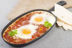 Le uova in purgatorio sono un secondo piatto davvero delizioso, originale e diverso dal solito. Vediamo insieme la ricetta per prepararle