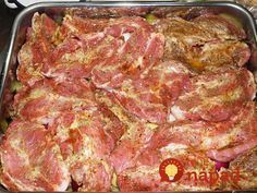 Výborný recept, ktorý mám z internete, ale ešte som ho trochu vylepšila pálivou papričkou, lebo máme radi pikantné jedlá. Toto jedlo si pochvaľuje každý a že je skutočne výborné spoznáte tak, že každý si hneď pýta recept. :-) Grilling Recipes, Meat Recipes, Chicken Recipes, Cooking Recipes, Slovak Recipes, Salty Foods, What To Cook, Food 52, Food And Drink