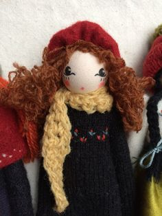 Christmas doll by Sarah Strachan Uk Shop, Puppets, Winter Hats, Teddy Bear, Dolls, Christmas, Crafts, Fashion, Trapillo