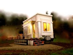 This one of a kind modern tiny house on wheels is for sale in Ashland, Oregon. It has full hook ups and is ready to move in. The house is fully insulated and has lots of windows for great natural l…