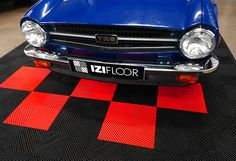 IZIFLOOR – Changez de décor Garage, Vehicles, Paving Slabs, Terrace, Drive Way, Garages, Vehicle, Carriage House, Tools