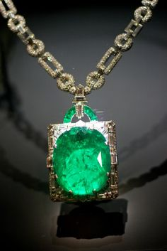 168 carats; Muzo, Columbia; This huge emerald is set in an art deco diamond and platinum pendant designed by Cartier. In 1931, Clarence Mackay gave the necklace as a wedding gift to his wife, Anna Chase - a prima donna at the New York Metropolitan Opera from 1909 to 1920.