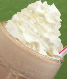 """""""Skinny"""" Mock Wendy's Frosty Recipe: Just 66 calories!!!"""