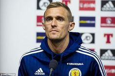 Gordon Strachan believes Darren Fletcher is a role model and leader within the Scottish ranks