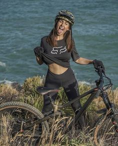 Cycling Girls, Cycling Wear, Cycling Outfit, Bicycle Women, Bicycle Girl, Montain Bike, Female Cyclist, Bike Style, Biker Girl