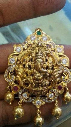Cleaner For Gold Jewelry Product Kids Gold Jewellery, Gold Jewelry Simple, India Jewelry, Latest Jewellery, Temple Jewellery, Coral Jewelry, Bead Jewellery, Simple Necklace, Jewelry Shop