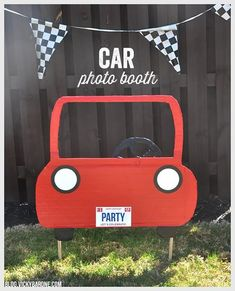 DIY Car Photo Booth Vicky Barone Kids race car birthday party ideas we could totally do this with one of our moving boxes Hot Wheels Birthday, Race Car Birthday, Race Car Party, Race Cars, Transportation Birthday, Transportation Design, Festa Hot Wheels, Hot Wheels Party, Marcos Para Fiestas
