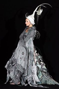 amortentiafashion:  Traditional Finnish Healer's robes, complete with the spindly pointed white hat. (2005 World of Wearable Art Awards competition winner)