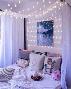Bed room White Lights for Dorm - Lighting Decor Cute Room Ideas, Cute Room Decor, Cute Ideas, Girl Bedroom Designs, Room Ideas Bedroom, Diy Bedroom, Girls Bedroom Decorating, Bedroom Ideas For Girls, Teen Bedroom Makeover