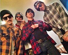 True gangsters!!