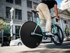 BLB Notorious Zero in action on the streets of LA with Aventón Bikes!  Shot by Matt Lingo!