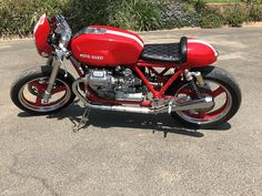 Racing Motorcycles, Motorcycles For Sale, Bikes For Sale, Moto Guzzi, Car Shop, Road Racing, Long Legs, Used Cars, Apples