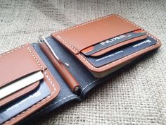 This money clip wallet made in high quality vegetable tanned leather. Is hand-stitched with waxed thread making it as very durable. Wallet has - money clip - 4 credit card slots - 2 pockets See other money clips Leather Wallet Pattern, Handmade Leather Wallet, Coin Purse Wallet, Card Wallet, Money Clip Wallet, Money Clips, Minimalist Leather Wallet, Leather Factory, Slim Wallet
