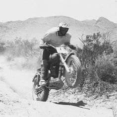 Roberts won the Barstow to Vegas race four times in a row. He also won the Mint 400 three times and the Baja 500 and the Baja 1000 twice each. He teamed with Malcolm Smith to win the motorcycle division in the 1967 Mexican 1000, later to be known as the Baja 1000. Riding with a checkers helmet