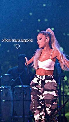 Ariana Grande 2018, Ariana Grande Concert, Ariana Merch, Ariana Grande Wallpaper, Bae, Concerts, Squad, Locks, Sky