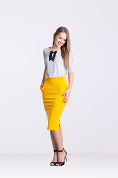 Bluzka z plisą szara - Ynlow-Designed - Bluzki z kokardą Waist Skirt, High Waisted Skirt, Skirts, Etsy, Google, Fashion, High Waist Skirt, Moda, Skirt