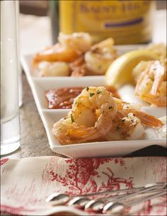 Entertaining: Easy Appetizers – Garlicky Roasted Shrimp Cocktail with Butter, Parsley and Red Pepper Flakes