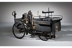 The world's oldest running vehicle is going under the hammer. The 1884 De Dion Bouton et Trepardoux Dos-a-Dos Steam Runabout has a history almost as long as its name. The steam-powered vehicle has passed through just four sets of hands since it was built, and one of the owners held on to it for 81 years.The steam-powered four-seater could fetch up to $2.5m.