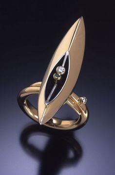 Ring | Danielle Miller-Gilliam  'Porta' 18k gold, oxidized sterling silver, tsavorite garnet, diamonds.