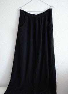 Kup mój przedmiot na #vintedpl http://www.vinted.pl/damska-odziez/spodnice/10400901-czarna-spodnica-maxi