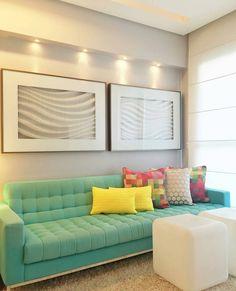 """""""Uma sala suave e colorida ao mesmo tempo!  {Projeto @rejanedubeuxarquitetura} #decoraçãopravocê #saladpv"""""""