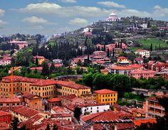 Италия, город Verona, Veneto Этот город считается одним из самых романтичных в мире — шекспировская трагедия до сих пор будоражит воображение.