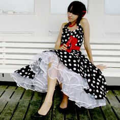 I do love dotted dresses like this!