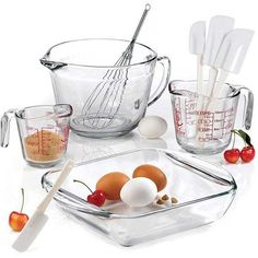 Anchor Hocking 9-piece Mix/ Measure Baking Set (425 SEK) ❤ liked on Polyvore featuring home, kitchen & dining, kitchen gadgets & tools, clear, anchor hocking batter bowl, anchor hocking measuring cup, colored measuring cups, anchor hocking and anchor hocking bakeware set