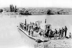 Burgers Crossing the Vaal River Baden Powell, African History, Beautiful Images, South Africa, Nostalgia, War, River, Explore, People