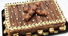 Biscuit cake and traditional Kinder cream, biscuit cakes, cakes for cu . Flan, Mini Croissants, Biscuit Cake, Pan Dulce, Drip Cakes, Let Them Eat Cake, Yummy Cakes, Sweet Recipes, Delicious Desserts