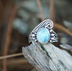 """This little ring has been in my mind for a year or so! I finally found a piece of Larimar that felt """"right"""". When I initially started this… My Mind, Gemstone Rings, Abs, Felt, Mindfulness, Turquoise, Gemstones, Jewellery, Instagram"""