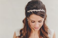 hair piece Cute Headband Hairstyles, Curled Hairstyles, Wedding Hairstyles, Hair Updo, Traditional Wedding Vows, Timeless Wedding, Great Hair, Bridal Looks, Hair Pieces