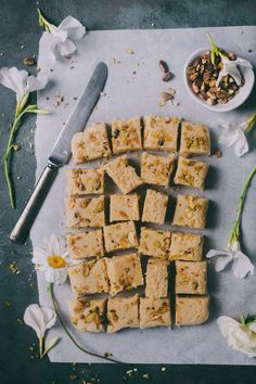 Milk Burfi - Indian dessert created with just 4 ingredients! Grilled Chicken Recipes, Easy Chicken Recipes, Crockpot Recipes, Healthy Recipes, Indian Desserts, Indian Food Recipes, Clarified Butter Ghee, Food Festival, 4 Ingredients