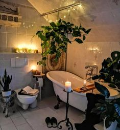 "POPSUGAR Beauty on Instagram: ""This is where I belong 💚 📷: @kunis_lovely_vintage_home"" Warm Bathroom, Bohemian Bathroom, Bohemian Decor, Bohemian Design, Bohemian Interior, Bohemian Homes, Plants In Bathroom, Bedroom With Plants, Jungle Bathroom"
