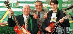 Jimmy Johnstone with Sean Fallon and Jackie McNamara Jimmy Johnstone, Celtic Fc, Glasgow, Football, Scotland, Legends, Soccer, Futbol, American Football