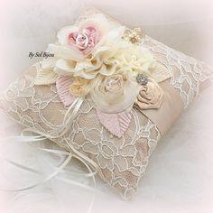 Ring Bearer Pillow Bridal Wedding Champagne Tan Beige par SolBijou