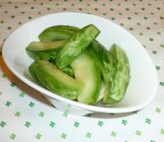 【小メロン(摘果メロン)のピクルス 蜂蜜風味】常備菜として、ピクルスにすることにしました!