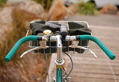 Porteur handlebar with Dia Compe Guidonnet brake levers