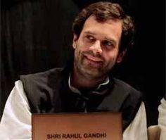 कांग्रेस के युवा नेता और पार्टीक वाइस प्रेसिडेंट राहुल गांधी ने यह कहकर सबको चौंका दिया है कि कि चुनाव के लिए तैयार रहें। राहुल ने यूपी के सांसदों से अपील की है कि वे चुनाव के लिए तैयार रहें। राहुल ने ऐसे समय में यह ऐलान किया है जब कांग्रेस सरकार के गिरने के आसार दिखाई देने लगे हैं।