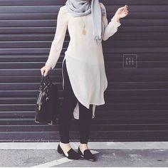 white tunic hijab look- Hijab fashion inspiration http://www.justtrendygirls.com/hijab-fashion-inspiration/