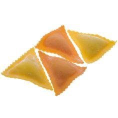 TRIANGOLI DI GAMBERETTI - Pasta fresca all'uovo con ripieno - Cottura: 3 minuti. Ingredienti pasta: semola di grano duro, farina, uovo, sale. Ingredienti ripieno: ricotta, gamberetti sgusciati, Grana Padano, sale, spezie. #Poggiolini #pasta #pastafresca #triangoli #gamberetti #Toscana