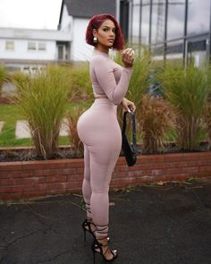 Curvy Girl Outfits, Curvy Women Fashion, Vrod Harley, Look Body, Perfect Woman, Perfect Body, Beautiful Black Women, Swag Outfits, Lady
