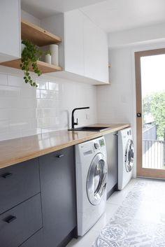 58 ideas for bathroom design modern black white subway tiles Grey Bathrooms, White Bathroom, Laundry Room Design, Kitchen Design, Kitchen Wood, Kitchen Floors, Kitchen Grey, Kitchen Tiles, Kitchen Decor