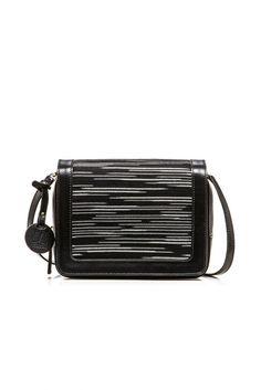 white-black-knit-shoulder-bag