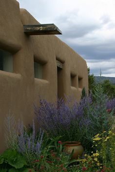 Santa Fe, New Mexico - I'd love to have a casita like this one day! #SantaFe #Getaway